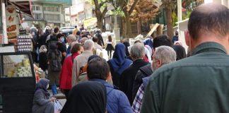 Bursa'da 'ucuz et' alabilmek için vatandaşlar kuyruk oluşturdu