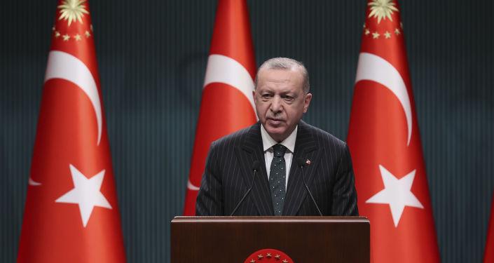 Cumhurbaşkanı Erdoğan: Ramazanın ilk iki haftası kısmi kapanma uygulanacak