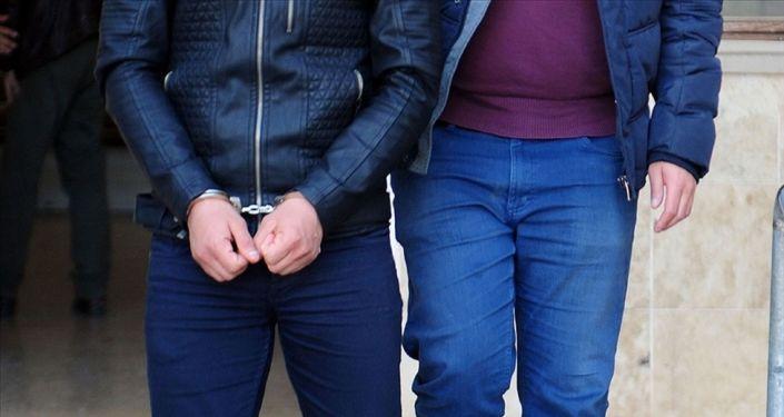 Elazığ'da 18 yaşındaki kız arkadaşını bıçaklayarak öldürdüğü belirtilen zanlı tutuklandı