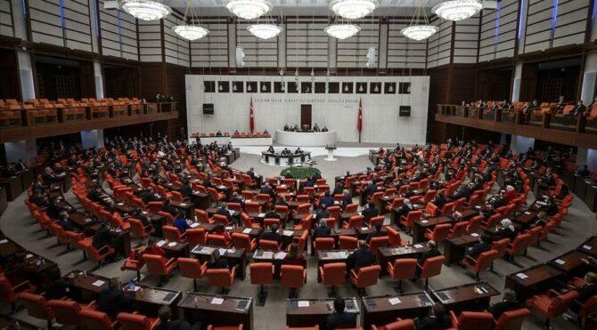 Eski milletvekilleri'de bir bildiri yayımladı:Kanal İstanbul yapılamaz! Montrö tartışmaya açılamaz!