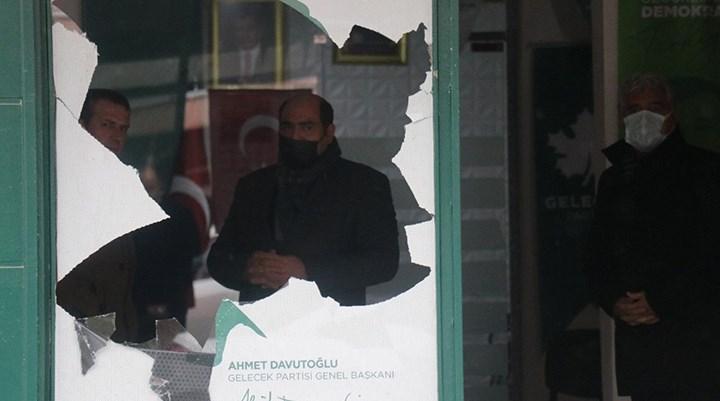 Gelecek Partisi Arifiye ilçe binasına saldırı
