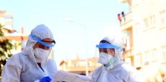 Koronavirüs izini süren filyasyon ekipleri kayıp kardeşleri 32 yıl sonra buluşturdu