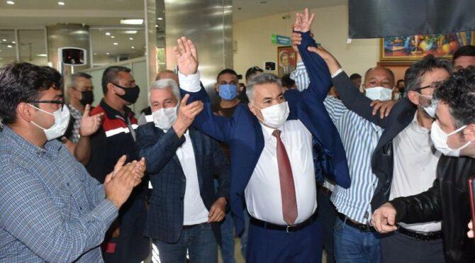 Torbalı'da seçimi CHP'li Mithat Tekin kazandı