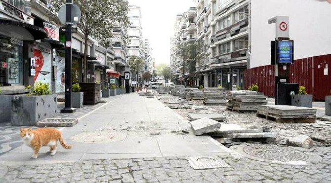 AKP'li Belediye 5 yıl önce yaptırılan granitleri kaldırdı, yeniden asfalta döndü! 25 Milyon çöpe gitti
