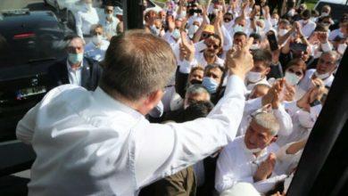 Babacan: Davutoğlu'na ve partili arkadaşlarına uygulanan şiddeti kınıyorum