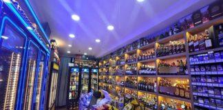 Büyükşehir Belediyesi, Valiliği yalanladı: İçki satışı yasağı kararında Soyer'in imzası yok