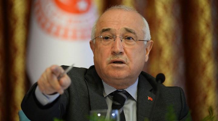 Cemil Çiçek, Sedat Peker'in açıklamalarıyla ilgili savcıları göreve çağırdı