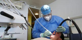 ''Kovid-19 geçiren hastalarda diş kayıpları artıyor''
