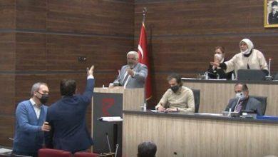 MHP'li meclis üyesi Deniz Gezmiş ve arkadaşlarına 'terörist' dedi, meclis karıştı