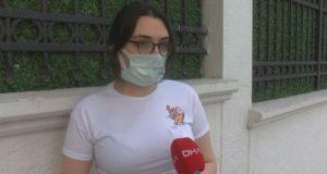 Sınav'da maske çıkarılmasını protesto edip salonu terk etti