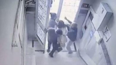 Tecavüz iddiasıyla linç edilmeye çalışılan diş hekimini güvenlik kameraları kurtardı