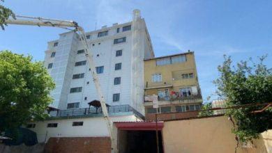 Ümraniye'de oto yıkamanın garajı çöktü 2 bina boşaltıldı