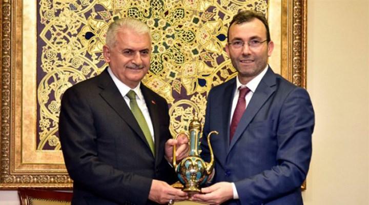 AKP'li belediye'den 7 danışmana yılda 1 milyon TL maaş!