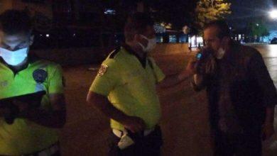 Alkollü sürücüden polislere güldüren tehdit: Ben sizin komiseri arayayım