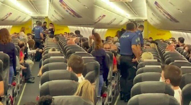 Antalya İstanbul seferini yapan uçakta taciz iddiası, ortalığı karıştırdı