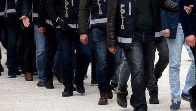 İzmir merkezli 40 ilde FETÖ operasyonu: 32'si muvazzaf 132 gözaltı kararı