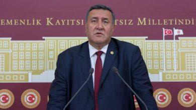 CHP'li Ömer Fethi Gürer, otoyoldan kaçak geçtiği gerekçesiyle icraya verildi