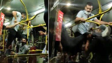 Otobüste maske takmayan 2 kişi, yolcular tarafından darp edildi