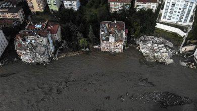 Bozkurt Belediye Başkanı: Çöken apartman toprağa,müteahhitin evi kaya zeminde inşa edilmiş