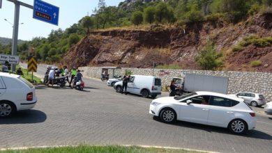 Marmaris-Datça karayolu yangından dolayı trafiğe kapandı