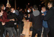Eskişehir'de geceyi parkta geçirmek isteyen öğrenciler gözaltına alındı