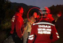 Kayıp olarak aranan alkollü adam, kurtarma ekibiyle birlikte kendini aradı