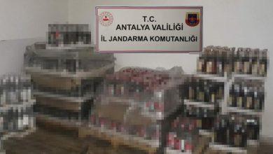 Manavgat ve Kemer'de 12 otelde 5 bin litre kaçak içki ele geçirildi