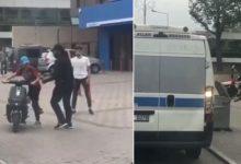 Palalı saldırgan yolcu minibüsüne ve yolculara saldırdı
