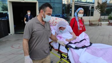 Siirt'te yeni tip koronavirüsü yenen 108 yaşındaki kadın taburcu edildi