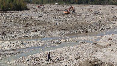 Sinop Ayancık'ta yaşanan sel felaketinde kaybolan 6 kişiyi arama çalışmaları sürüyor